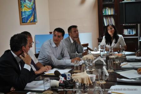 Razvan Pascu si ministrul turismului din Malta 10