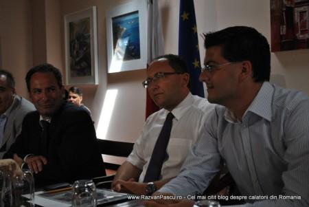 Razvan Pascu si ministrul turismului din Malta 2
