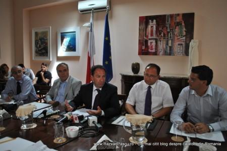Razvan Pascu si ministrul turismului din Malta 4