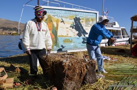 Insulele Uros, lacul Titicaca, Peru 14