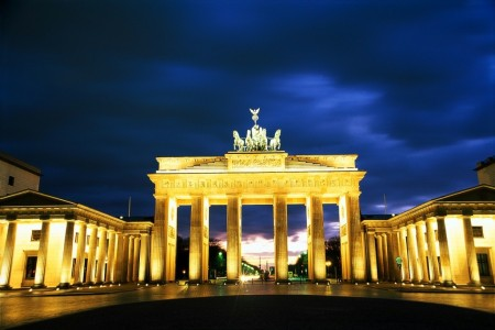 Berlin 450x300 Concurs: Castiga un city break la Berlin!