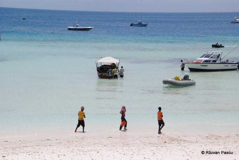 Safari in Tanzania si plaja in Zanzibar 37