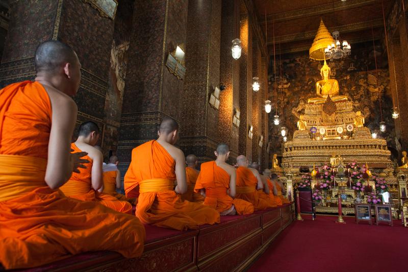 Eturia-1-08_Thai2011CroitoruHIRES_MG_4000_08-BKK-Wat-Pho