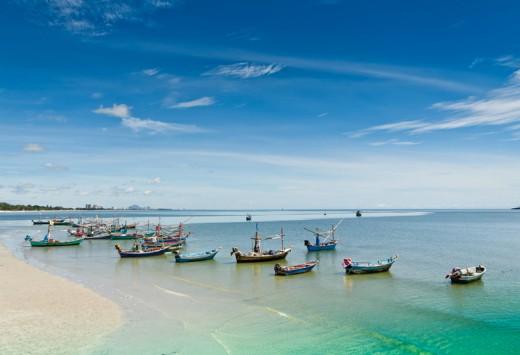 Hua -Hin beach, Copyright adisak soifa